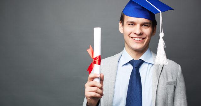 Comment aider son alternant à décrocher son diplôme ?